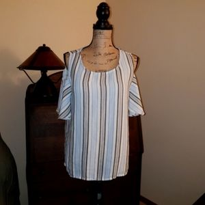 Lucky brand cold shoulder shirt